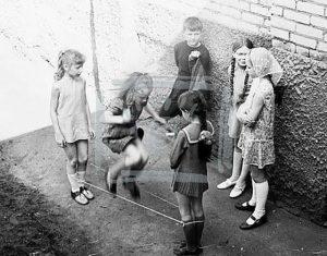 Игра в резиночки. СССР