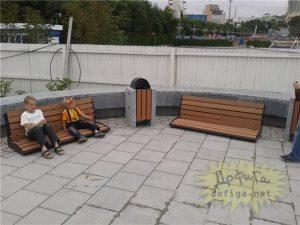 Заниженные скамейки